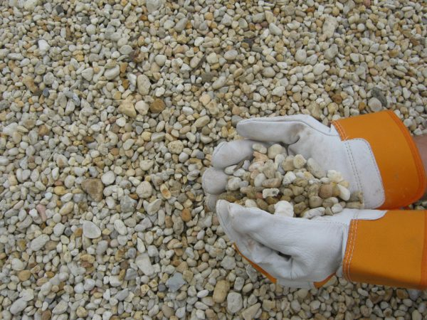"3/8"" delaware yellow pea gravel"